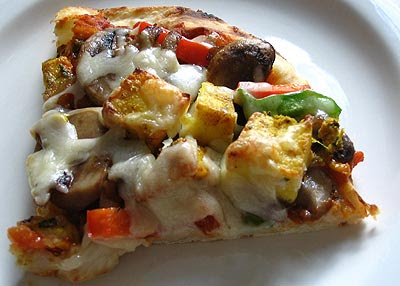 Paneer Tikka Pizza on Naan Bread