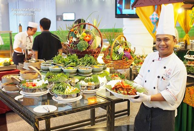Senior Sous Chef Mohd Rosnan Bin Jaraih
