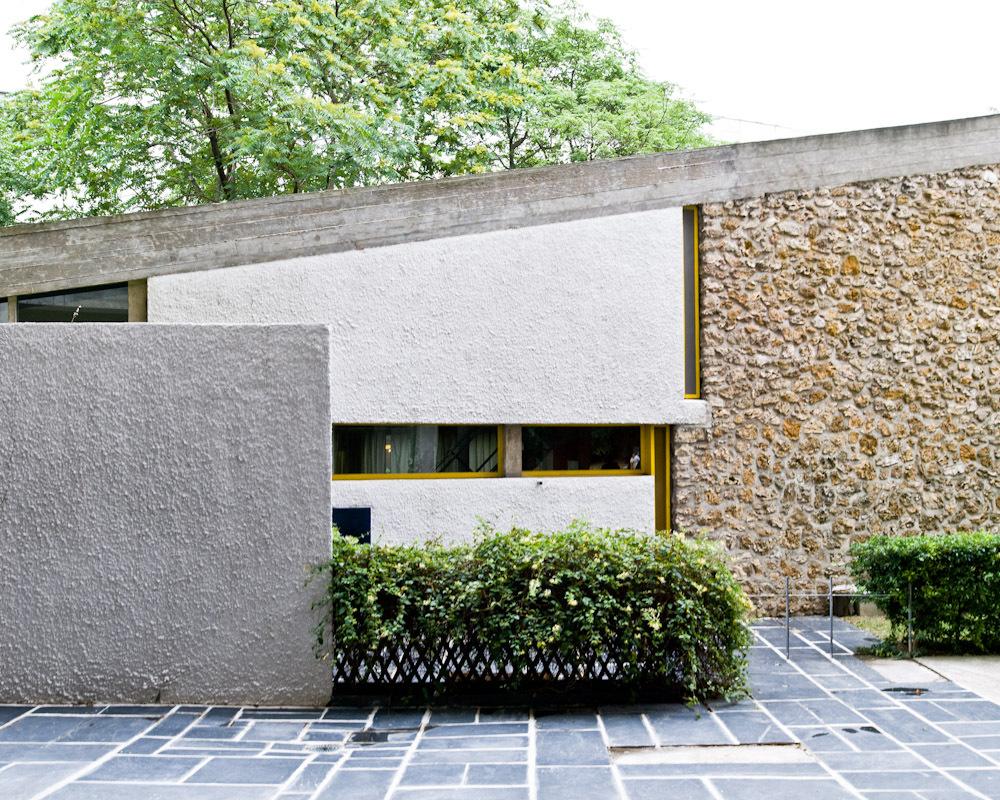 obras pouco discutidas maison du br sil le corbusier e. Black Bedroom Furniture Sets. Home Design Ideas