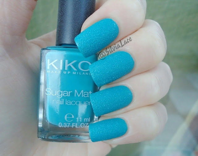 Silvia Lace Nails: Kiko Sugar Mat 637