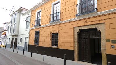 http://www.upmanzanares.es/matriculas17-18.html