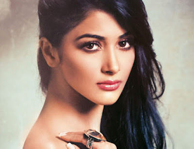 Pooja Hegde Images And Wallpapers, Mohenjo Daro Movie Actress - Pooja Hegde Images