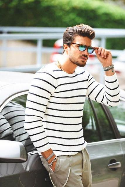 Look Masculino com listras horizontais roupas para homens magros e baixos