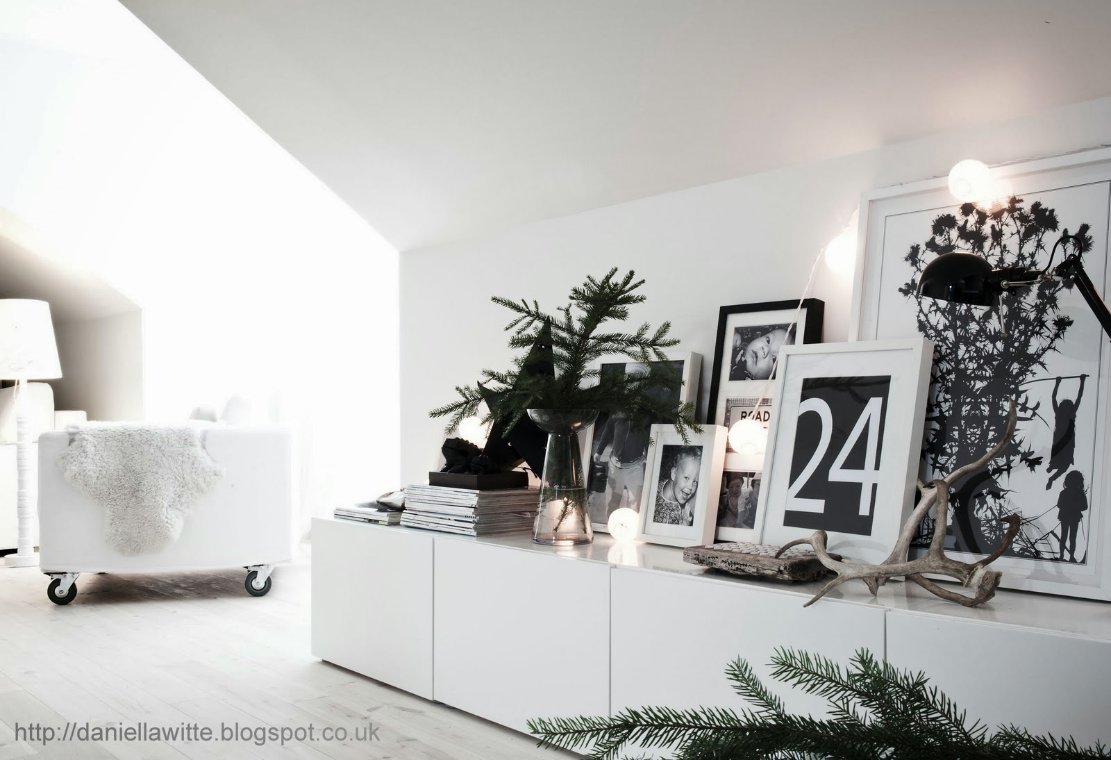 The Paper Mulberry: || CHRISTMAS | NORDIC - PURE - Besta Ikea White Creative