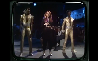 videos-musicales-de-los-80-kelly-marie-feels-like-i-am-in-love