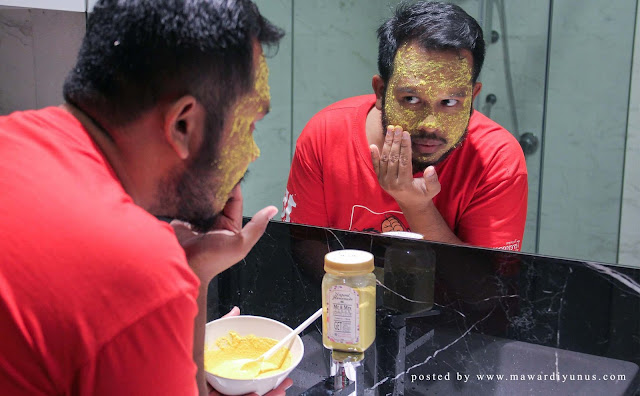 MASKER KUNYIT DAN BERAS MR & MRS SCRUB WITH LOVE