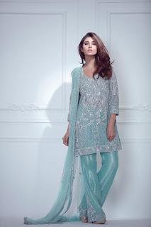 ayesha-somaya-trousseau-women-winter-dresses-collection-2016-17-full-catalog-11