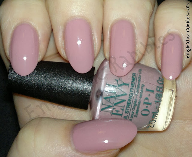 Swatch-OPI-Pink-Nail-Envy