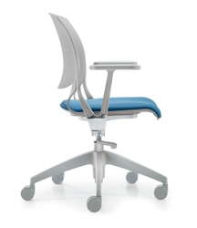 Global Novello Chair