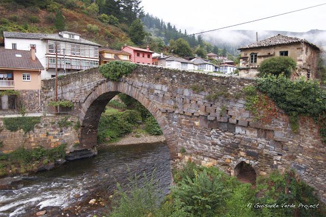 Puente Medieval - Corias