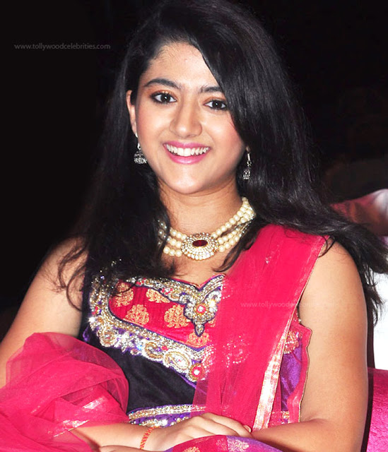 Shriya Sharma Profile Biodata Biography Family Photos