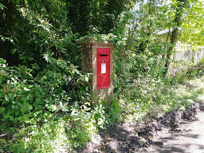 Photograph of Wall box VR at the top of Wildhill Road at junction with the B158 Kentish Lane, Wildhill Image from the North Mymms History Project released under Creative Commons