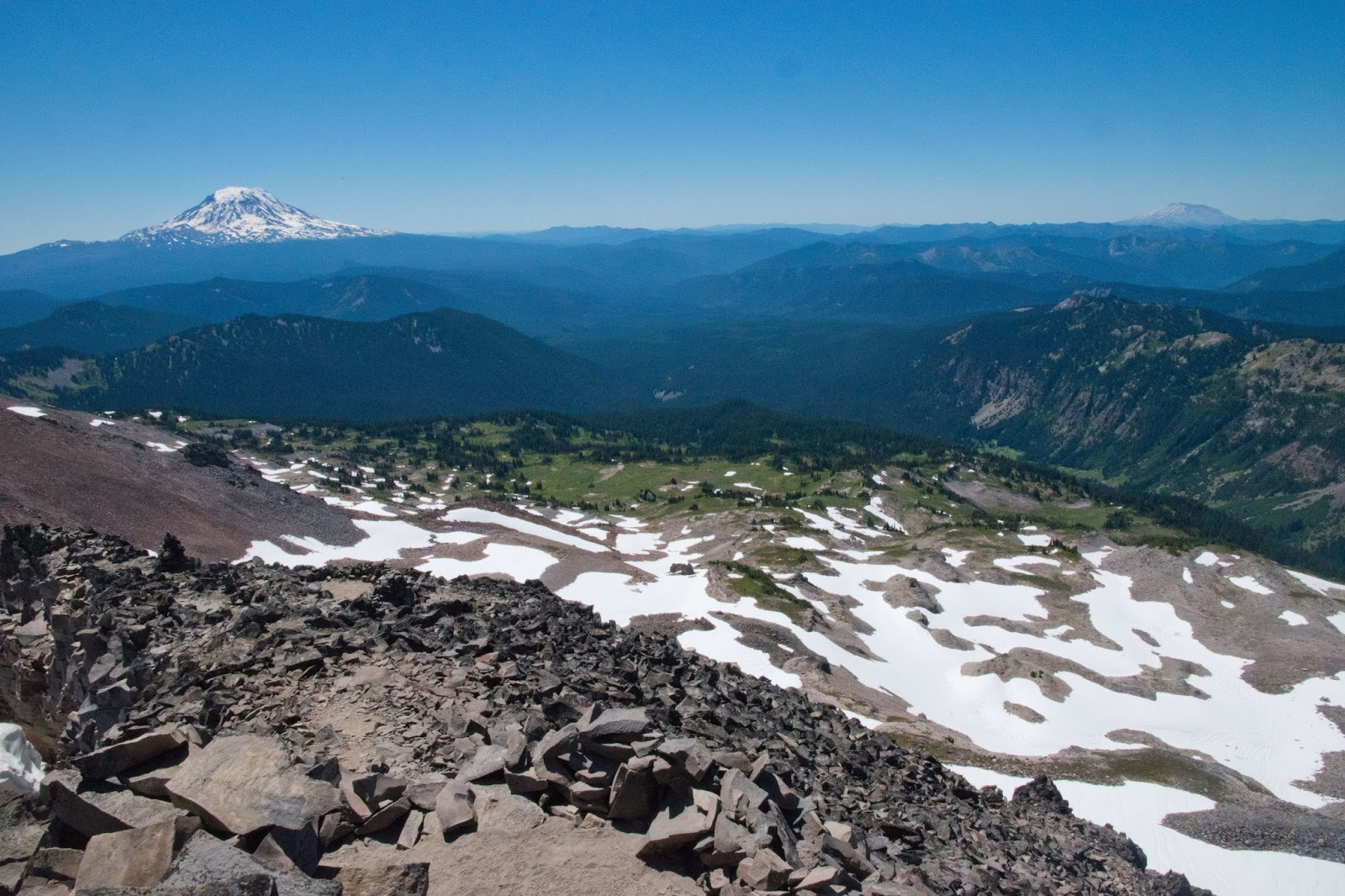 Hiking shenandoah snowgrass flat and old snowy mountain for Landscaping rocks yakima