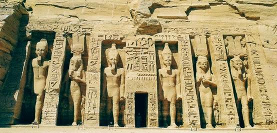 Abu Simbel Nefertari