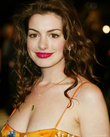 Anne Hathaway Hairstyles 2012 Photoshoot Blondelacquer