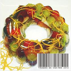 gelatina transparente com frutas