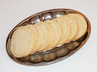 retete paine de casa feliata preparata la cutie de conserva, reteta paine de casa frageda si pufoasa, retete brutarie patiserie si panificatie,