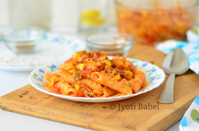 Penne Pasta in Red Sauce with Veggies Recipe | How to Make Penne Pasta in Red Sauce with Veggies | Italian Recipes. More such recipes at www.jyotibabel.com