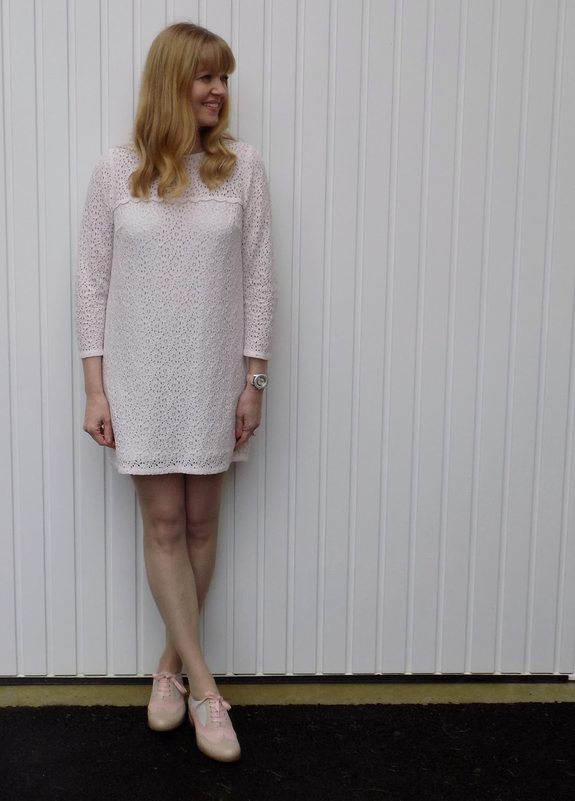 Cream Lace shift dress and pink brogues