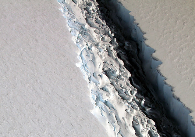 Massive Iceberg Breaks Off from Antarctica
