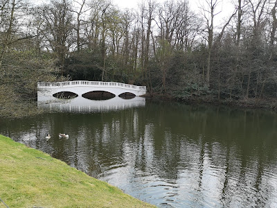 The sham bridge, Kenwood (2019)