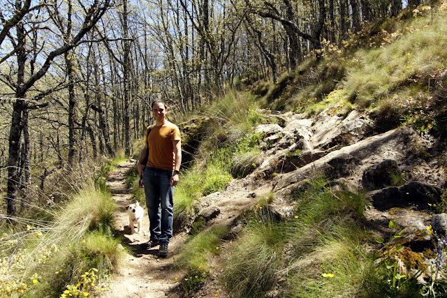 Alberto y Amy en el valle del Ambroz