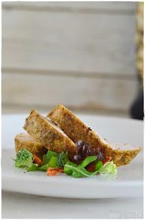 Solomillo de pavo al horno con pistachos y pimienta bajo en grasas