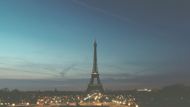 Nie ma to jak ODWOŁANY LOT do Paryża