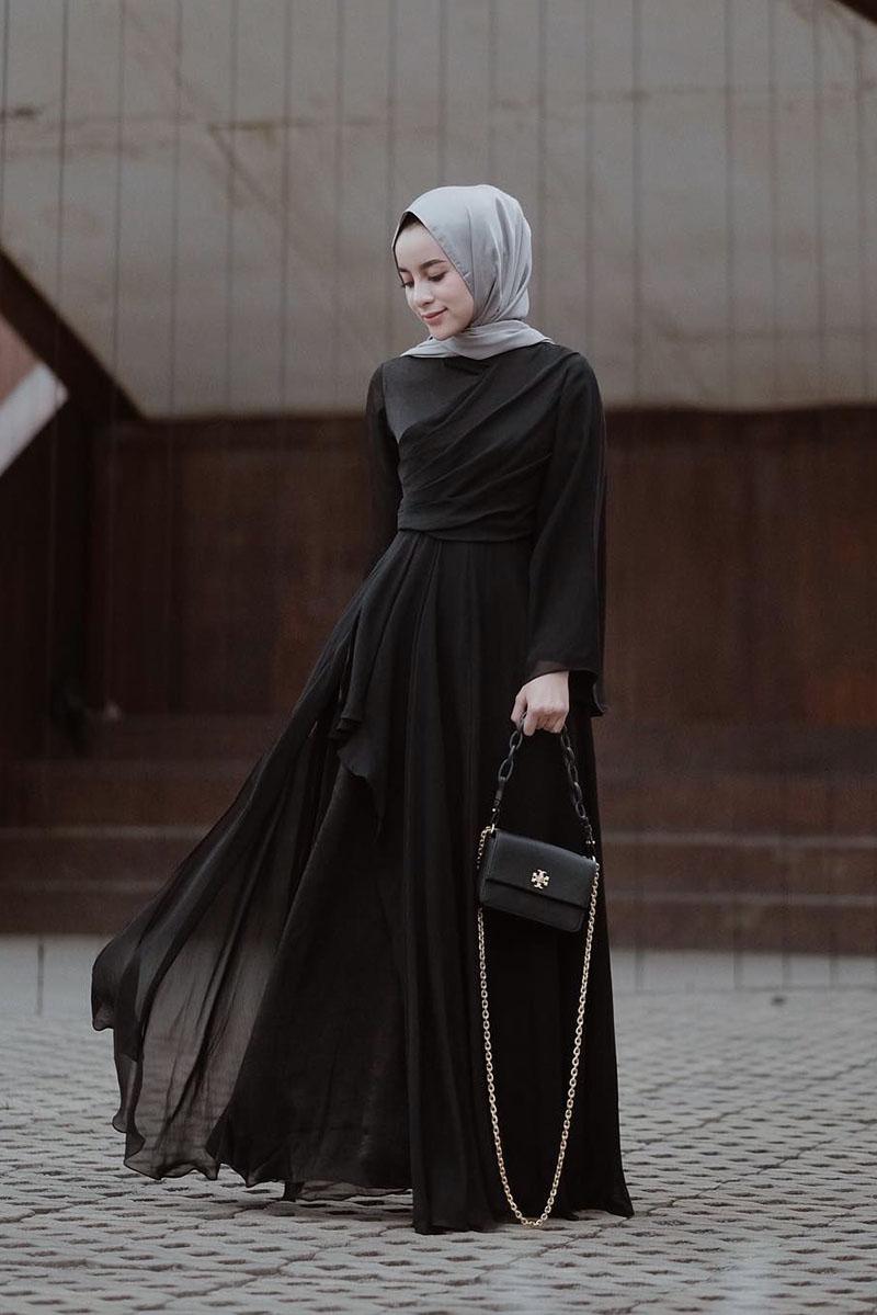 OTD jilba abu -abu dan gaun hitam