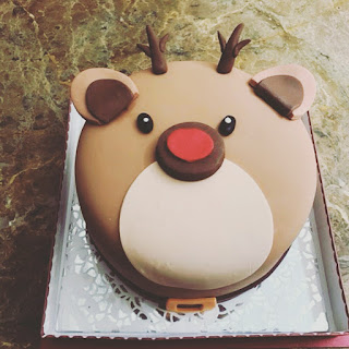 Bear Design Custom Cake
