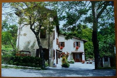 Risultati immagini per Casa Val di Sasso in via Castellino 381 - Guiglia