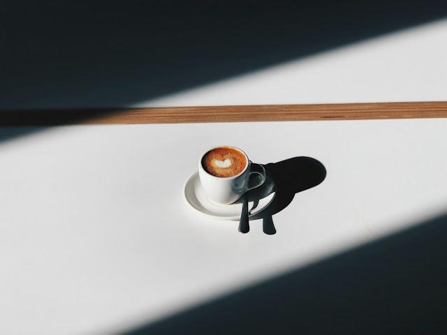 immagine di una tazzina di caffè