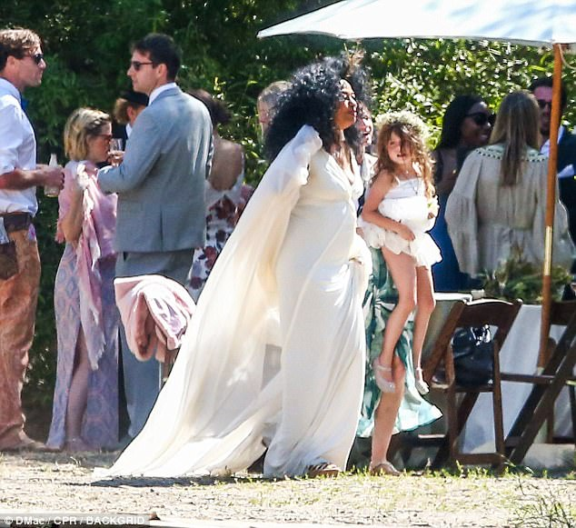 diana ross attends her son�s wedding in california maud