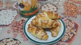 Recette des Croissants fourrés au fromage et reste de poulet