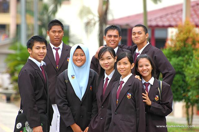 School Prefects / Barisan Pengawas Sekolah
