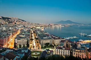 Napoli è tra le città preferite dagli italiani per trascorrere la Pasqua