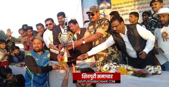 खतौरा क्रिकेट टूर्नामेंट: A TO Z गुना ने जीता फायनल मुकाबला