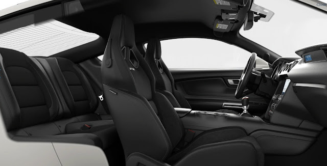 2020-ford-gt-350-shelby-interior