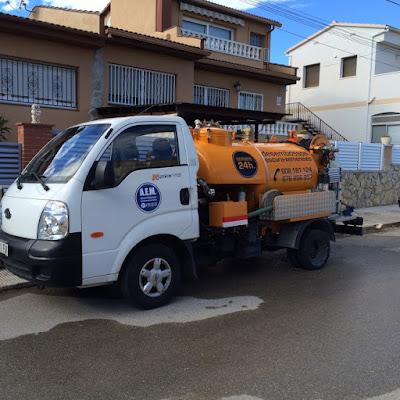 limpieza baldeo calles Desatascos Tarragona A.E.M.