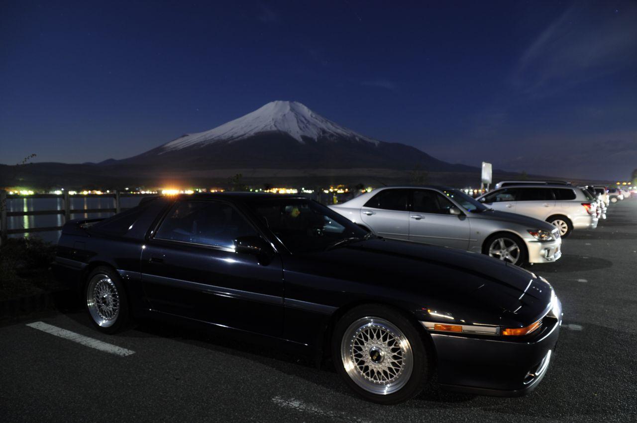 Toyota Supra A70, sportowe samochody, lata 90