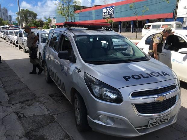 Saiba como estão alguns serviços essenciais em Pernambuco durante o protesto dos caminhoneiros