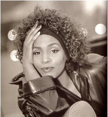 Dazzling Divas: Whitney Houston