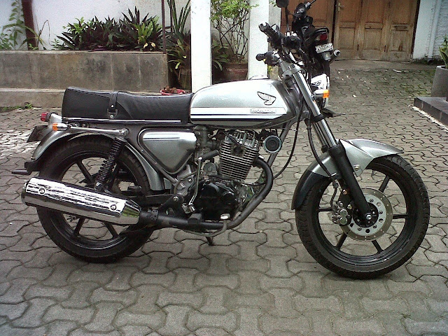 Honda Tiger Modifikasi CB Nganjuk