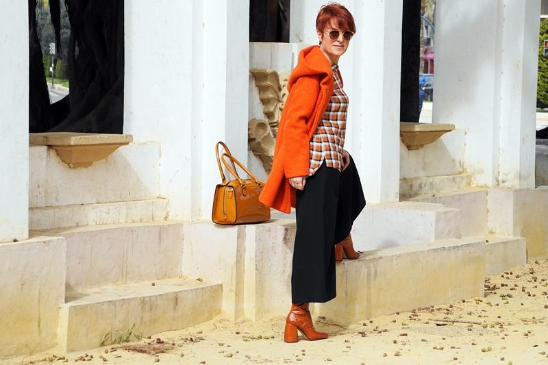 Almamodaaldia - Color Naranja