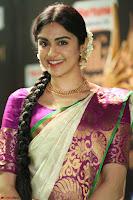 Adah Sharma looks super cute in Saree at IIFA Utsavam Awards 020.JPG