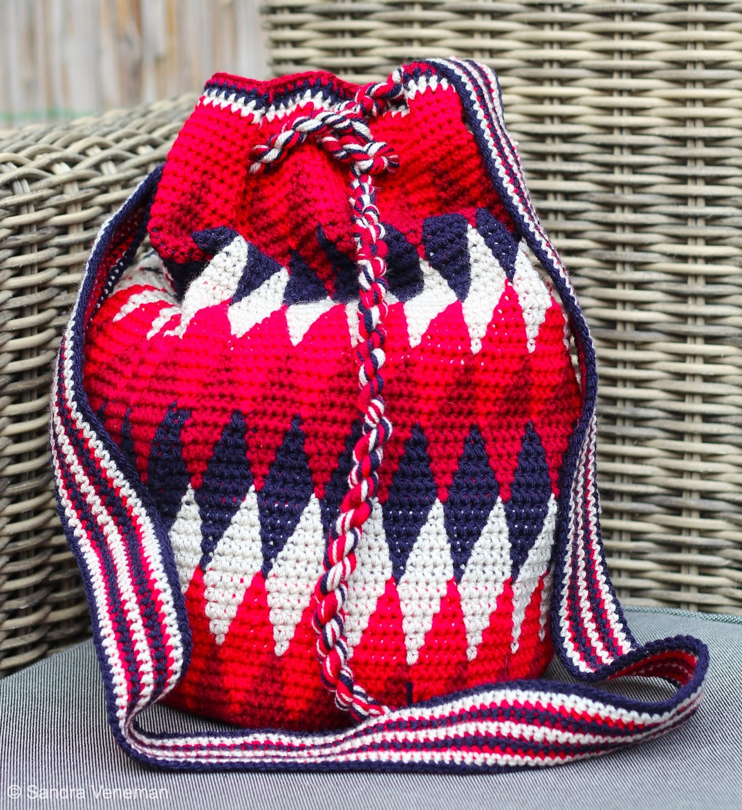 Beautiful Boardwalk Tapestry Crochet Tas Met Een Knipoog Naar Tommy