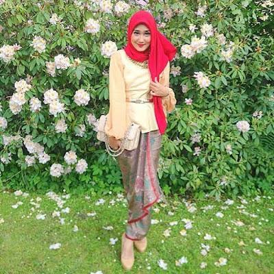 baju pesta batik muslimah terbaru
