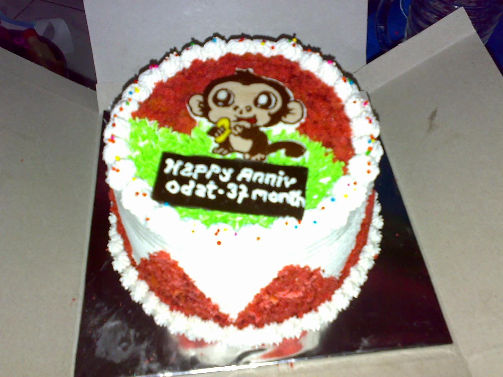 Cake red velvet di toko kue yasmin padang