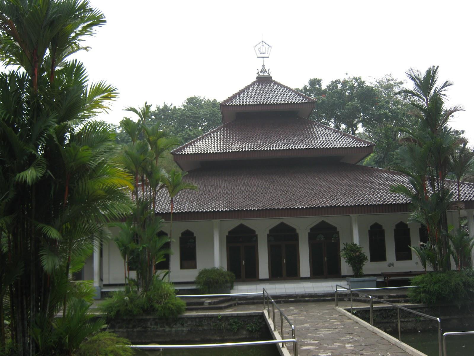 Masjid Amal Bhakti, Aek Nauli, Pollung