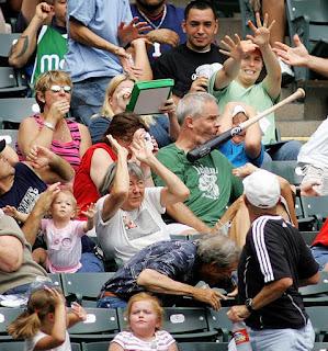 Foto tomada en el momento exacto beisbol